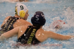 20171209 Waterpolo Den Haag - De Vennen Dames FvL 09-web