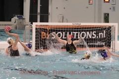 20171209 Waterpolo Den Haag - De Vennen Dames FvL 13-web