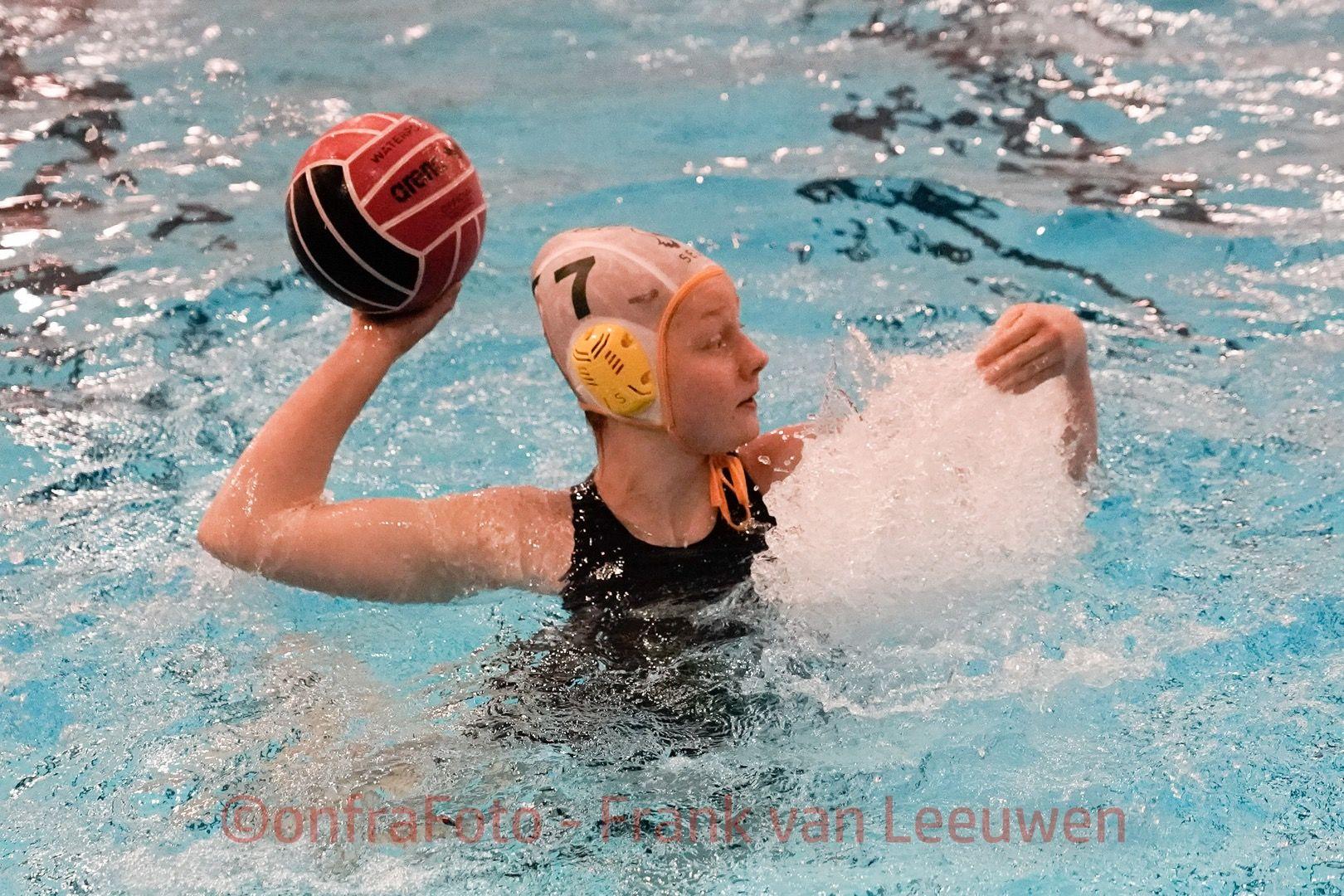 20180224 Waterpolo Den Haag - WZC dames FvL 07-web