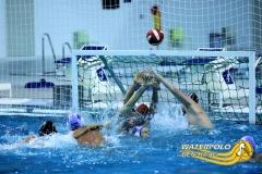 WPDH_2015_12_20_H1_Waterpolo den Haag verdediging tegen PSVB
